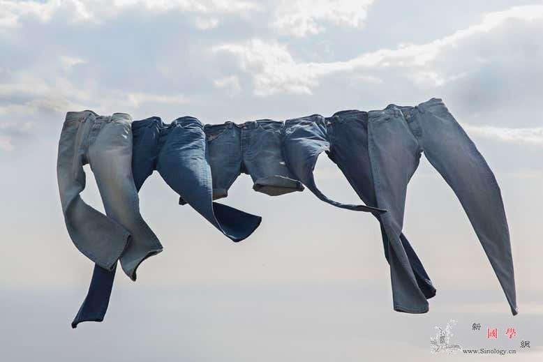 牛仔裤也能污染地球_牛仔裤-纤维-牛仔布- ()